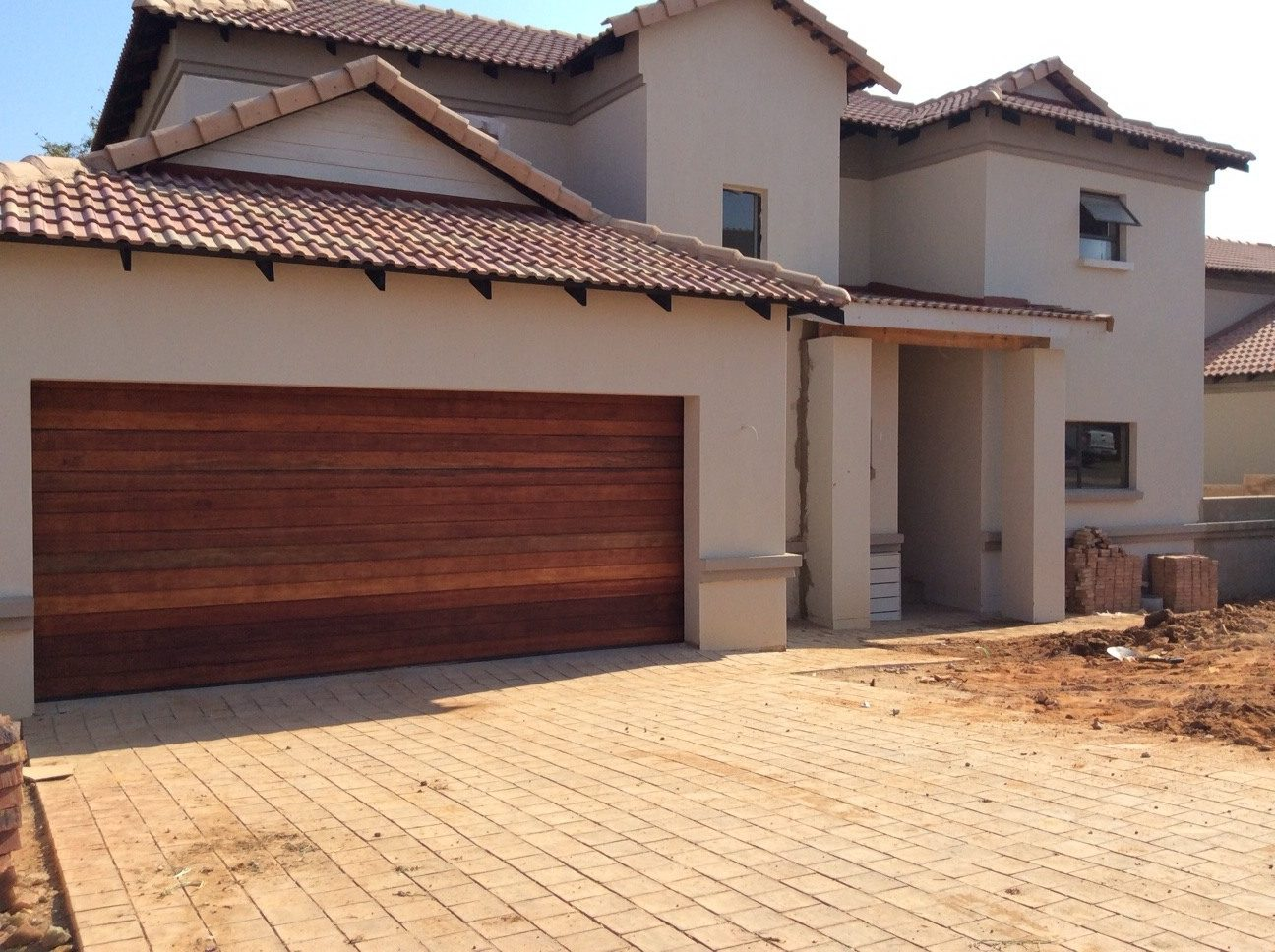 968 #0869C3 Wooden Garage Doors Pretoria – Installations Repairs & Maintenance pic Horizontal Garage Doors 37811296